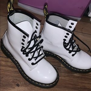 Dr Martens size 5 white gloss-finish boots